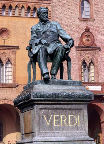 Verdi's statue in the Piazza G. Verdi, Busseto.